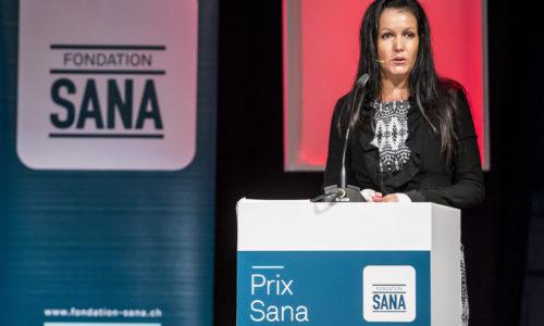 Hans Naef, Praesident Fondation Sana, spricht an der Preis-Verleihung des Prix Sana 2015 am 28. November 2015 in Luzern. Drei Nominierte wurden von der Fondation Sana mit einem Betrag von je 10'000 Franken für ihren uneigennuetzigen Einsatz zu Gunsten von Kindern und der Familie geehrt. Die Auszeichnung fand im Rahmen der Swiss Handicap in der Messe Luzern statt.